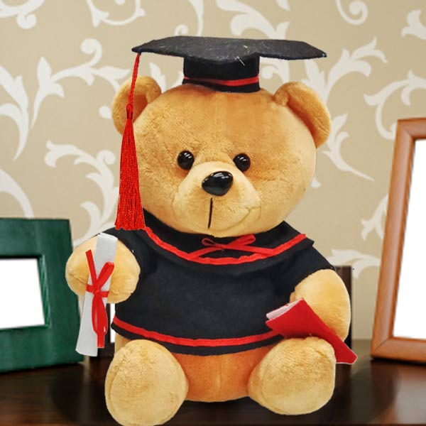 Add-on 18cm Sitting Graduation Bear