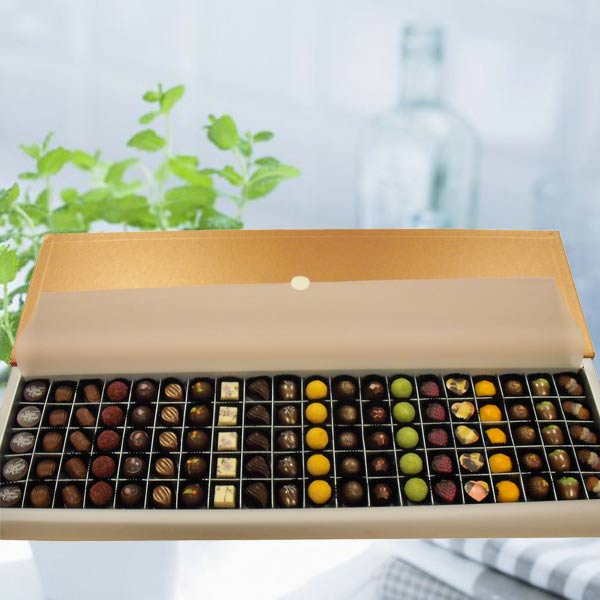 "Add-On ""Elovela"" Gourmet Chocolates 100 pcs( 3 Days advance order )"