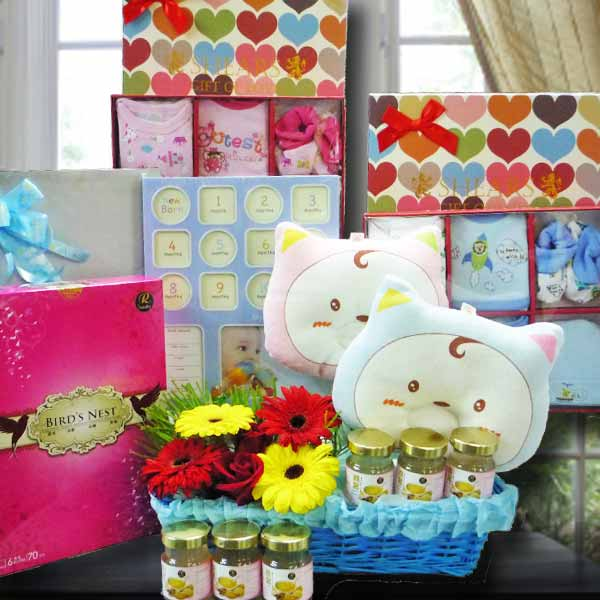 Baby Gift Set With Flowers Delivery BB103