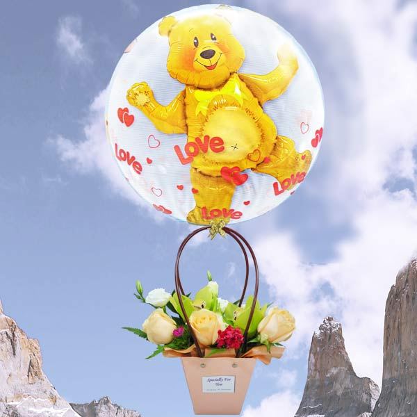 Hot Air Balloon (3D) With Flowers Arrangement