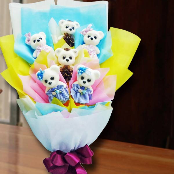 6 Mini 10cm Bear Hand Bouquet