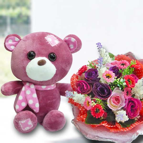 18cm Bear with Artificial Roses Bouquet.