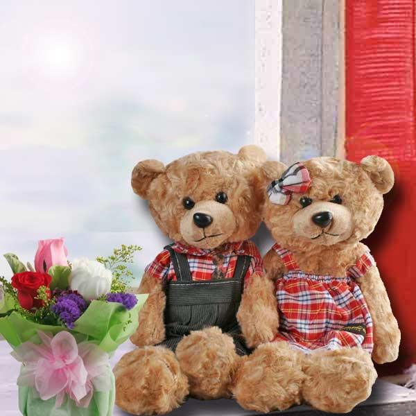 Roses & 30cm Couple Bear