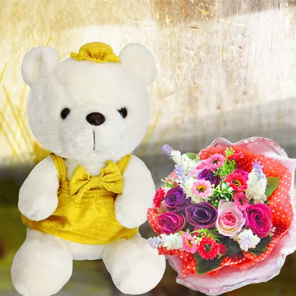 8 inches Bear with Artificial Roses Posy