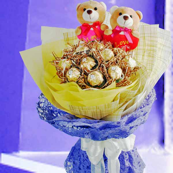 12 Ferrero Rocher & Love U Bears Hand Bouquet