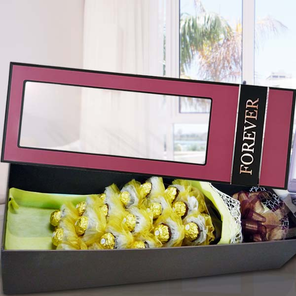 18 Ferrero Rochers in Gift Box