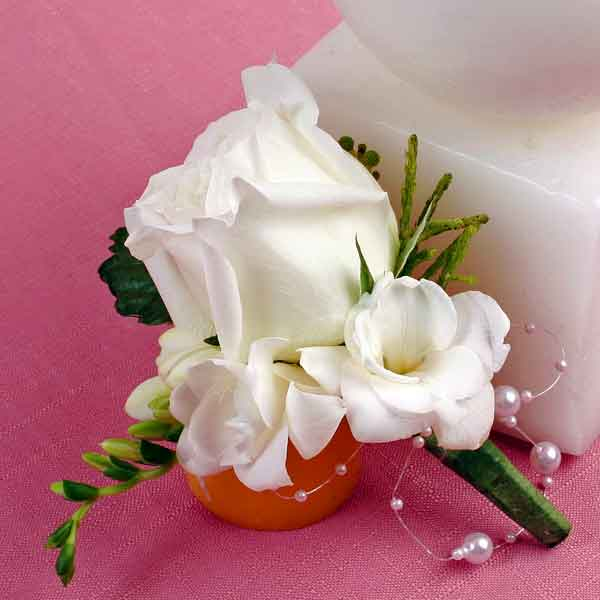 White Rose & Freesia Boutonniere ( Add-On Only, No Delivery )