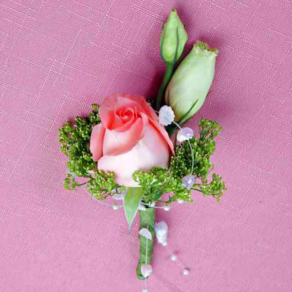 Peach Roses Boutonniere ( Add-On Only, No Delivery )