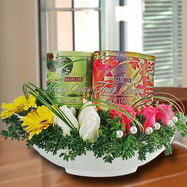 Basilur Ceylon Tea (2 Tins) & Roses Table Arrangement
