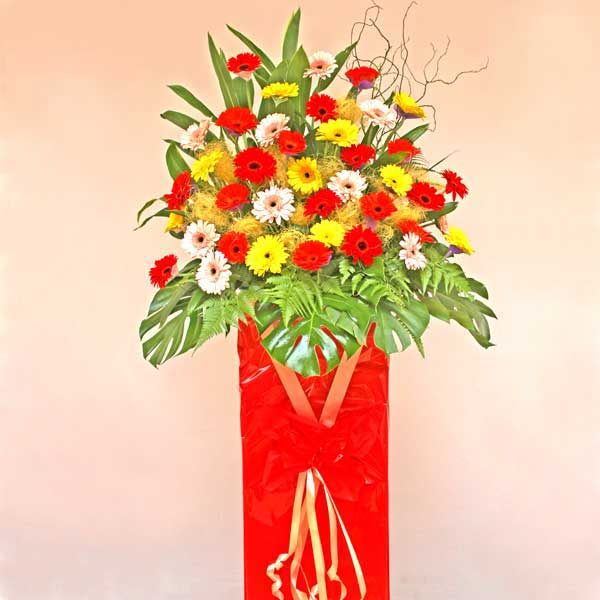 Grand Flower Arrangements http://www.singaporeflorist.com.sg/product.php?TYPE=3&CATID=78_116&PID=1337