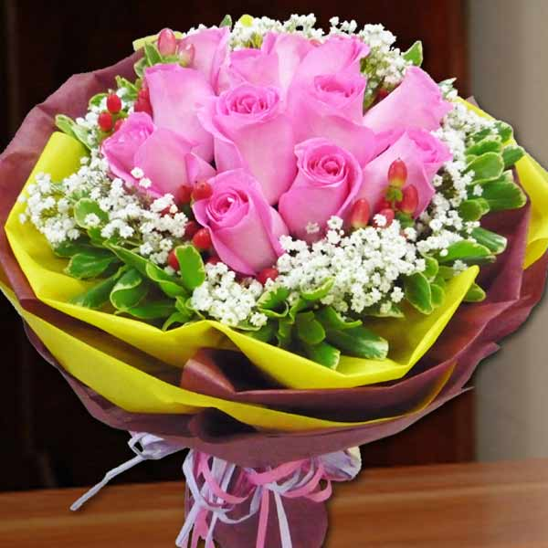 12 (2-tone Pink) Roses Handbouquet. ( Please Order 2 Days in Adv