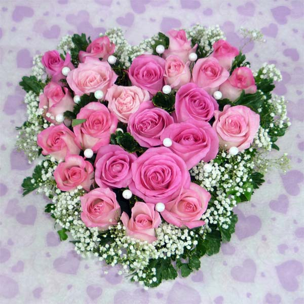 20 Bandung Pink Heart Shape Table Arrangement