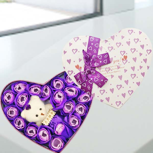 天天快乐Bear & Handmade Purple Rose Soap