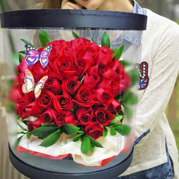 60 Red Roses in Round Transparent Box