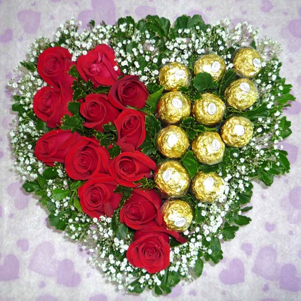 12 Red Roses & 12 Ferrero Rocher Heart-Shape Table Arrangement