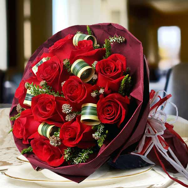 12 Red Roses Paper Wrapper Hand Bouquet