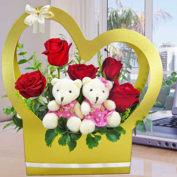 5 Red Roses & Bear Arrangement in Heart Shape Handle Flower Box