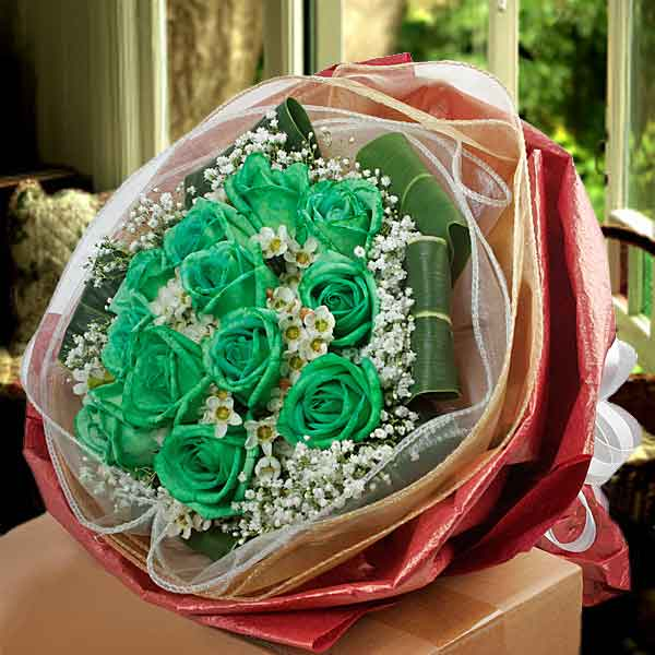 12 Green Roses & Wax Flowers Bouquet ( 3 Day Advance Order)