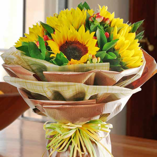 6 Sunflower Handbouquet