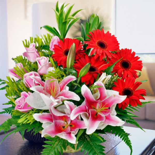3 Pink Lily with 5 Gerbera and Roses Table Arrangement