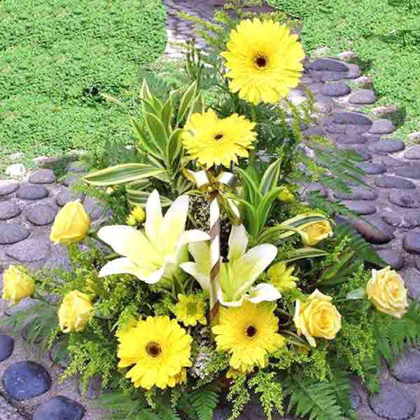White lily with Yellow Gerbera and Roses Basket arrangement