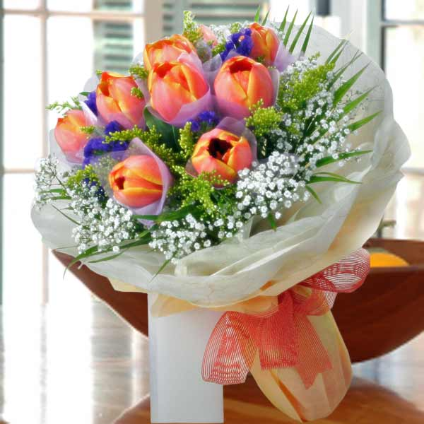 10 Orange Tulips Handbouquet