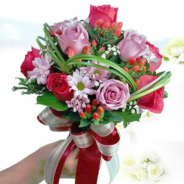 Buy Pink Roses in Singapore