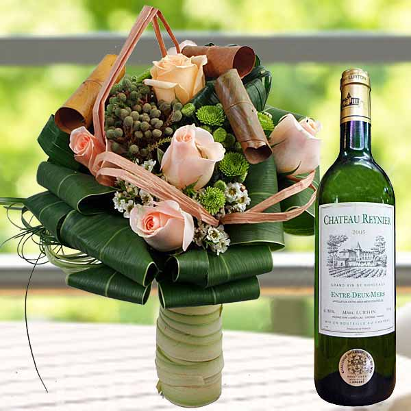 White Wine & 6 Champagne Roses Standing Bouquet