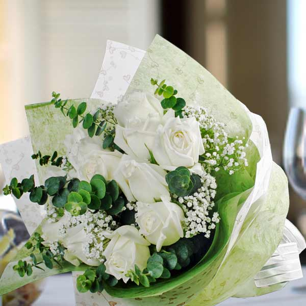 White roses flower delivery singapore buy white rose white roses hand bouquet mightylinksfo Image collections